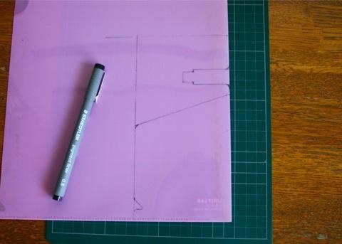 pen holder + clear folder, line