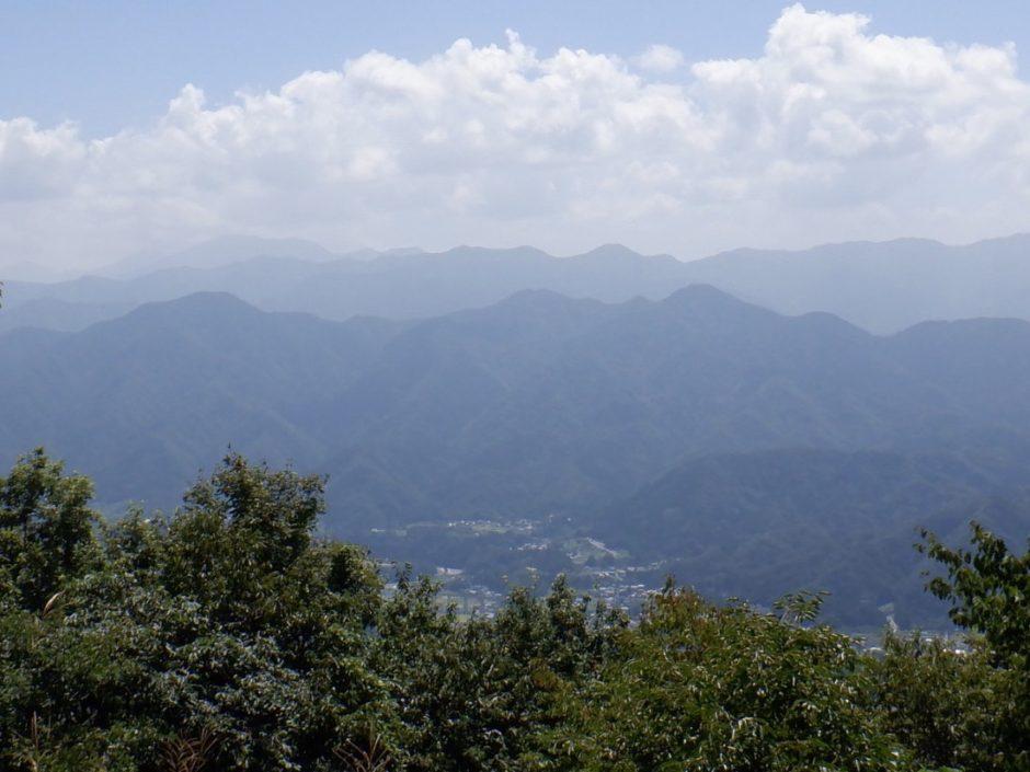百蔵山山頂からの景色